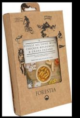 Eier-Spiralnudeln mit Hühnchen-Bolognese und Grana Padano (350 g / 444,5 kcal)
